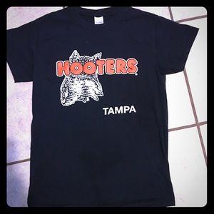 35th Anniversary Hooters Black T-shirt Tampa Fl